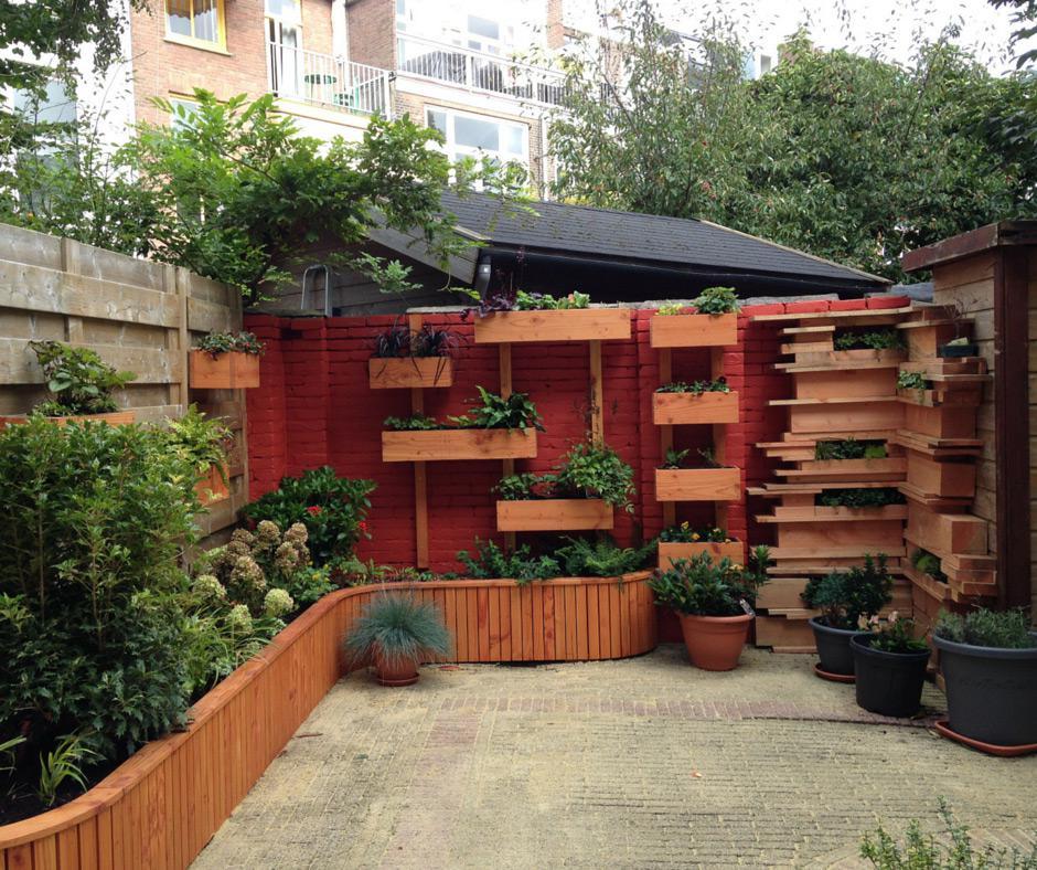 Verticaal tuinieren hoe leuk hovenier in den haag for Hovenier den haag